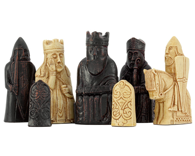Isle Of Lewis Full Size Chessmen and Chess Board Gift Pack