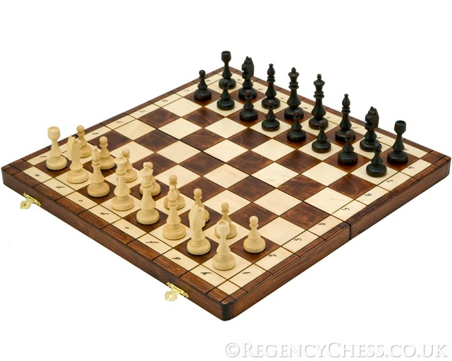 15 Inch European Magnetic Folding Chess Set