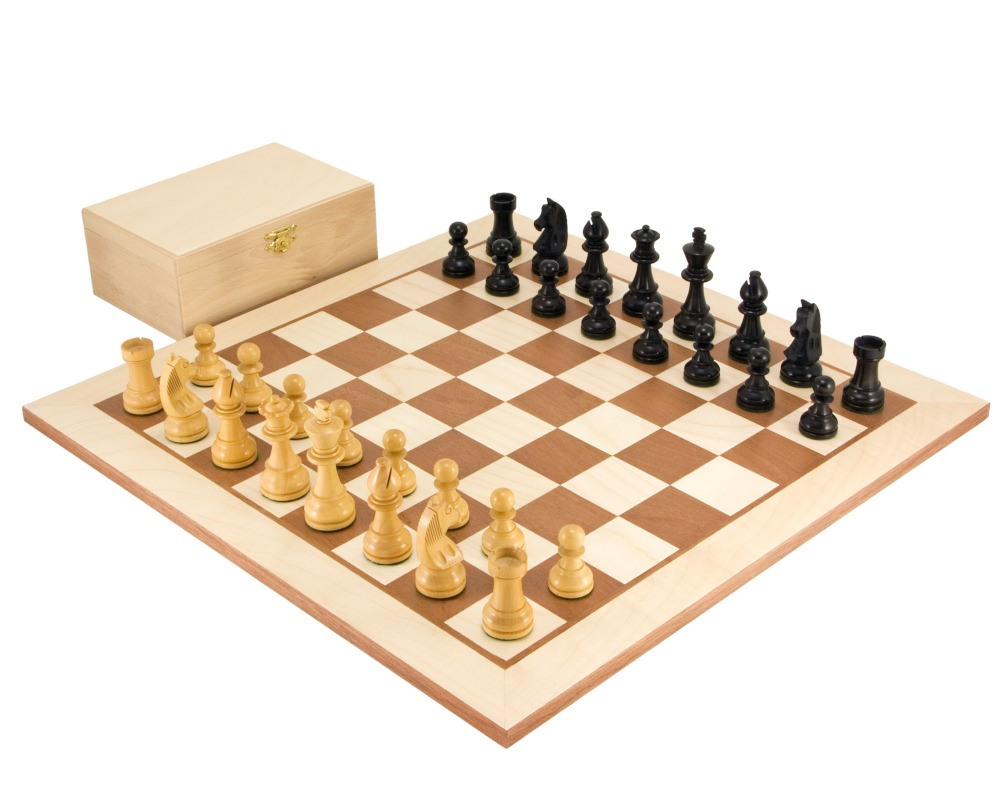 """New Wooden Chess Set 32 Pieces King 3/"""" Height Total Weight 160g Pieces Only"""