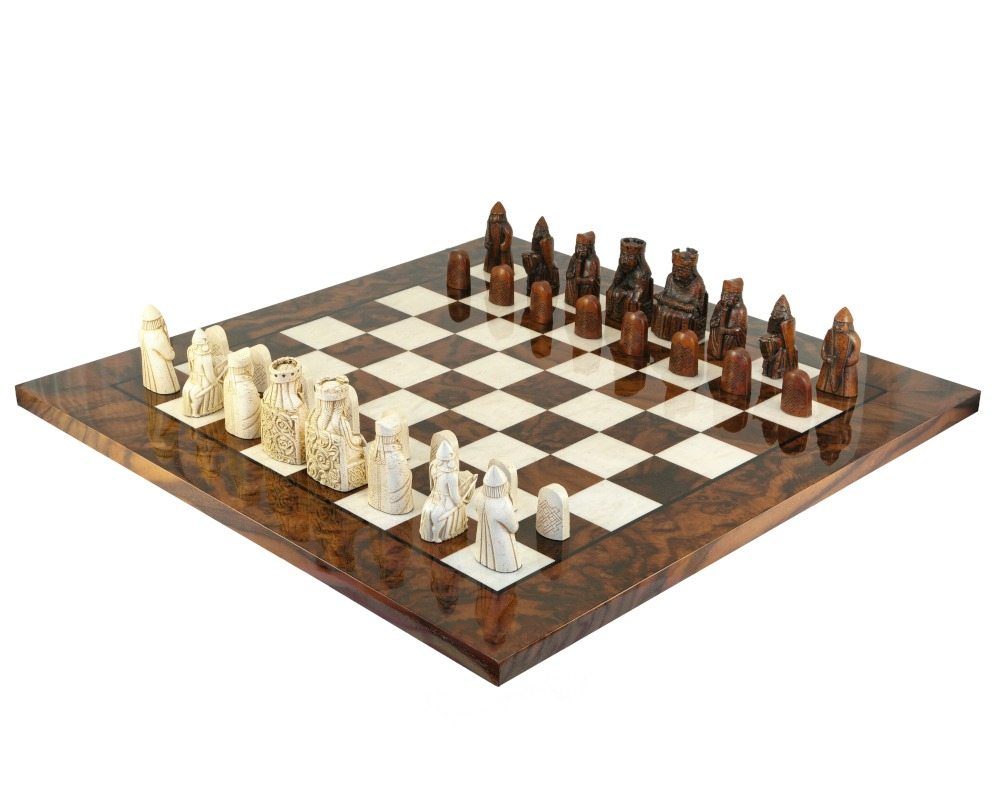 The Isle Of Lewis Italian Briar Chess Set