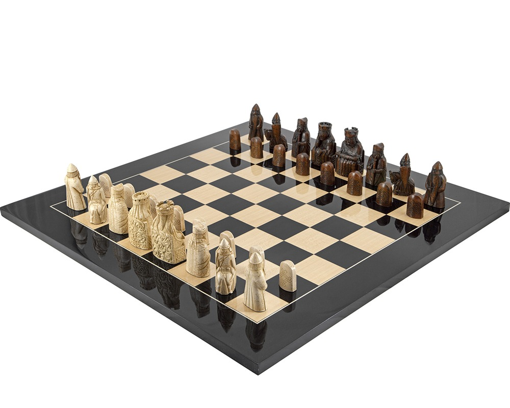 The Isle Of Lewis Black Gloss Chess Set