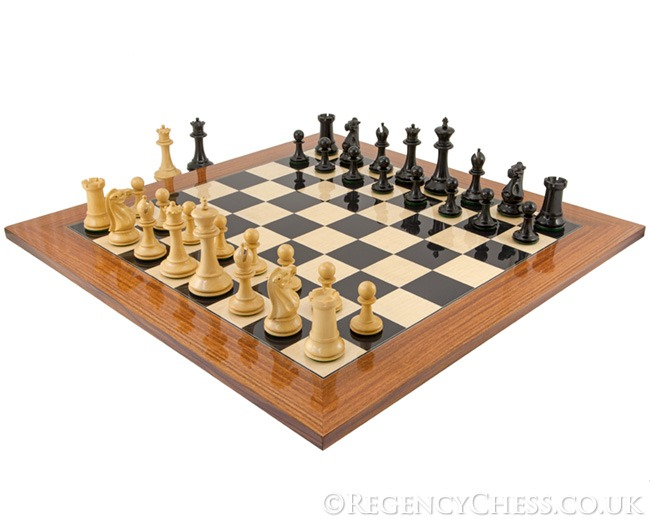 Dunoon Ebony and Palisander Staunton Chess Set