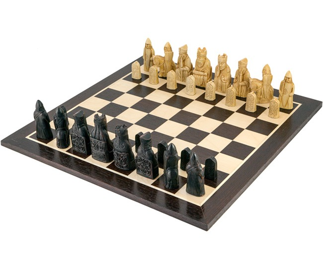 Isle Of Lewis European Wenge Chess Set