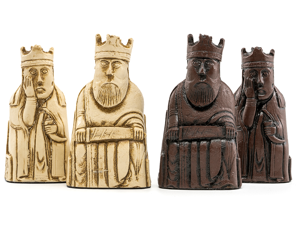 The Berkeley Chess Isle of Lewis Russet Chess Men 3.35 inches
