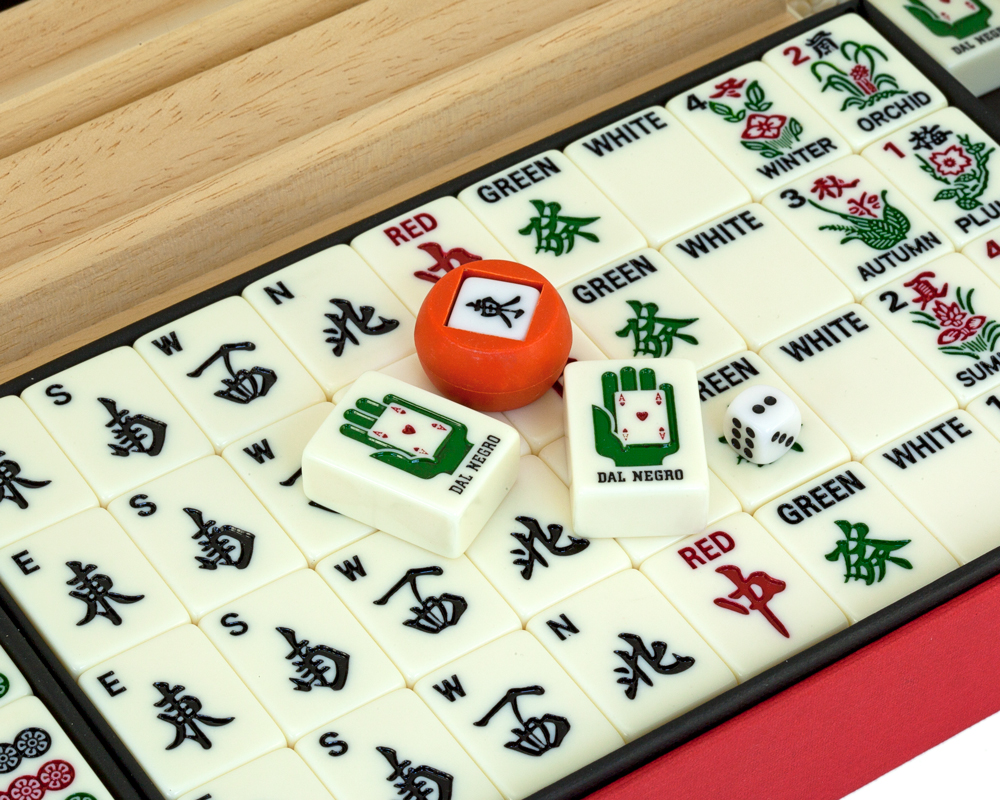 Dal Negro Deluxe Mah Jong Set - US Version