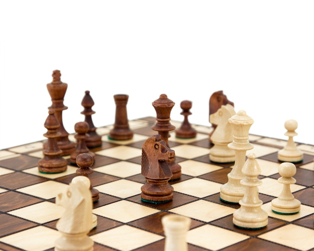 16 Inch European Folding Wooden Chess Set