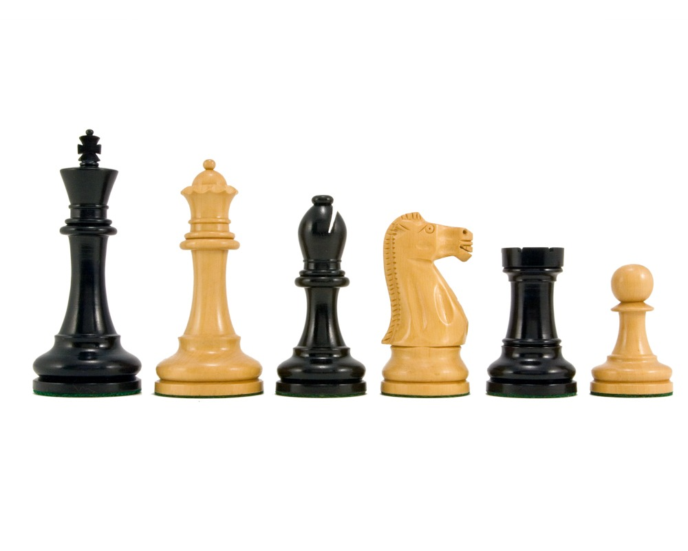 Broadbase Ebony Staunton Chess Pieces 4 Inches