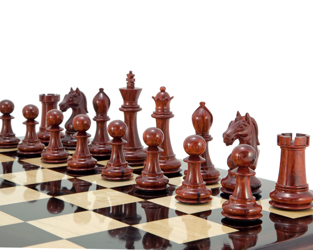 Salzburg Series Rosewood and Boxwood Chess Pieces 4 Inches