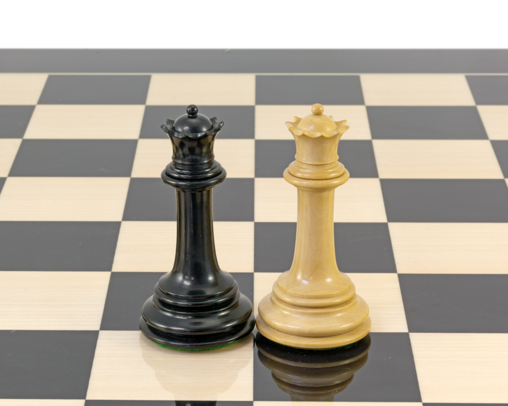 Parthenon Series Ebony and Boxwood Chess Pieces 4.5 Inches