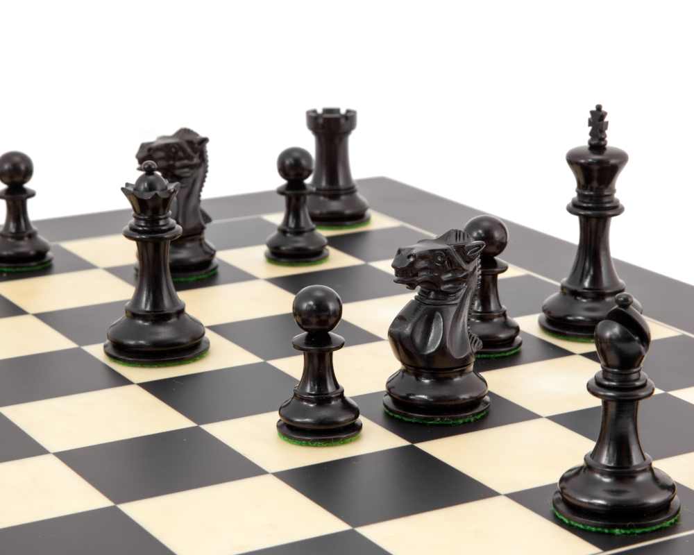 Highgrove Series Ebonised Staunton Chess Pieces 3 Inches