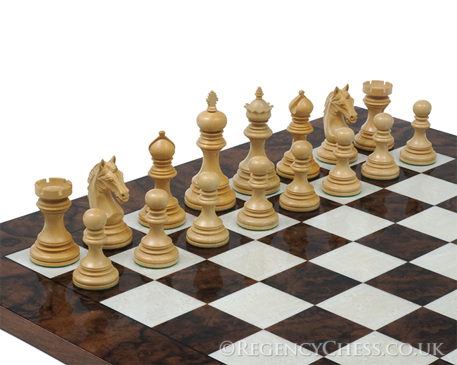 The Garvi Luxury Rosewood and Walnut Grand Chess Set