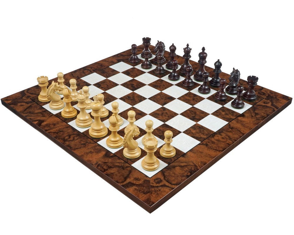The Garvi Luxury Rosewood and Walnut Chess Set