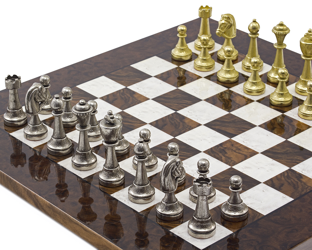 The Finnesburg and Dark Walnut Luxury Chess Set