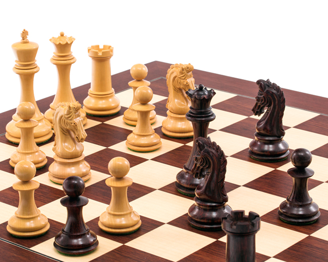 The Eminence Rosewood Palisander Deluxe Chess Set