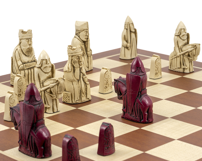 The Isle of Lewis Mahogany Cardinal Chess Set