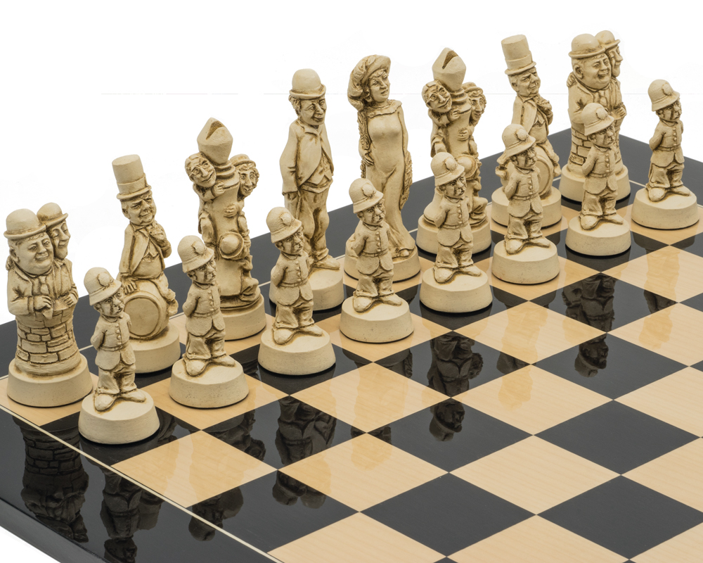 The Berkeley Chess Movie Stars Black Cardinal Grand Chess Set