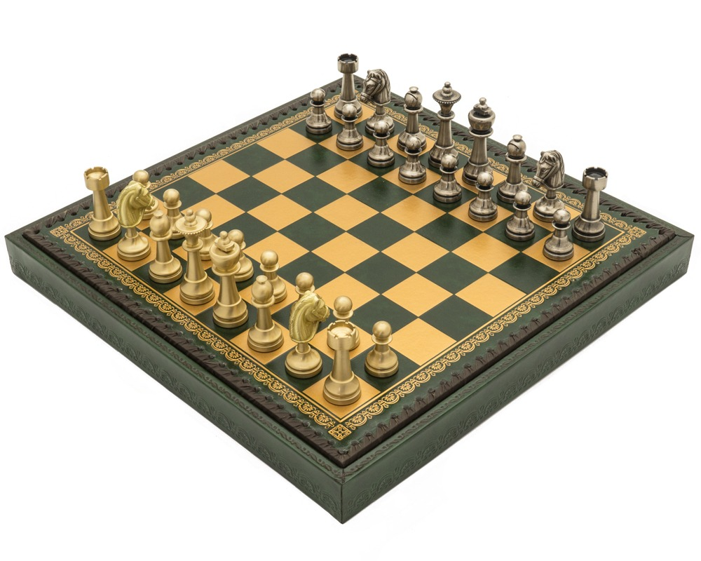 The Turin Verde Italian Chess Set