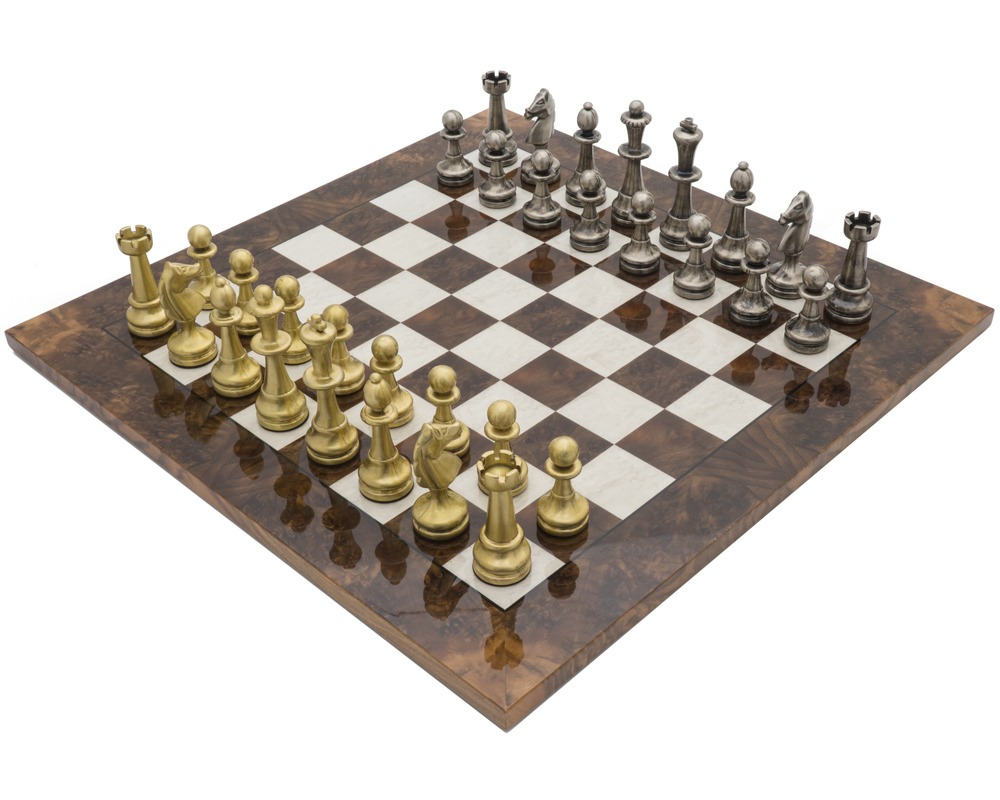 The Vicenza Dark Walnut Luxury Chess Set