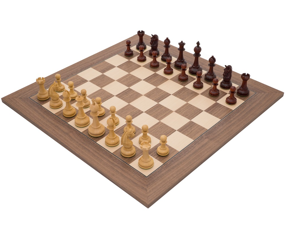 La Valletta Walnut and Redwood Luxury Chess Set