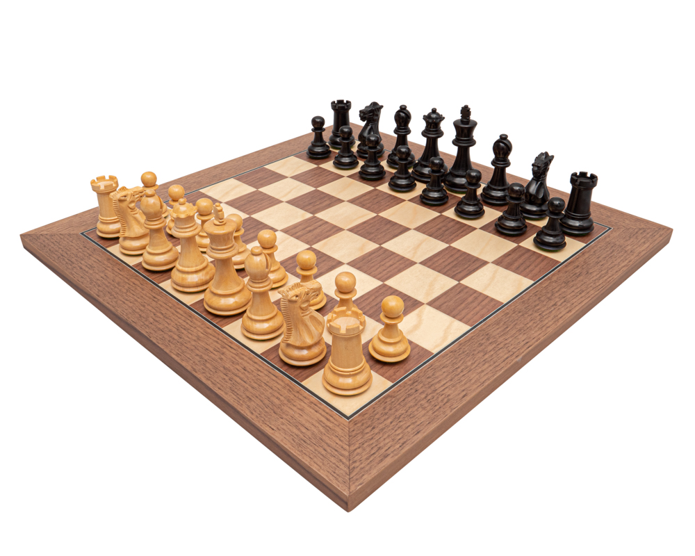 The Old English Black and Walnut Chess Set